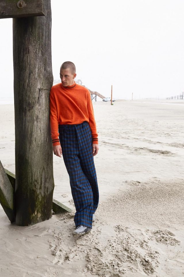 Suéter laranja + calça zadrez - Marni